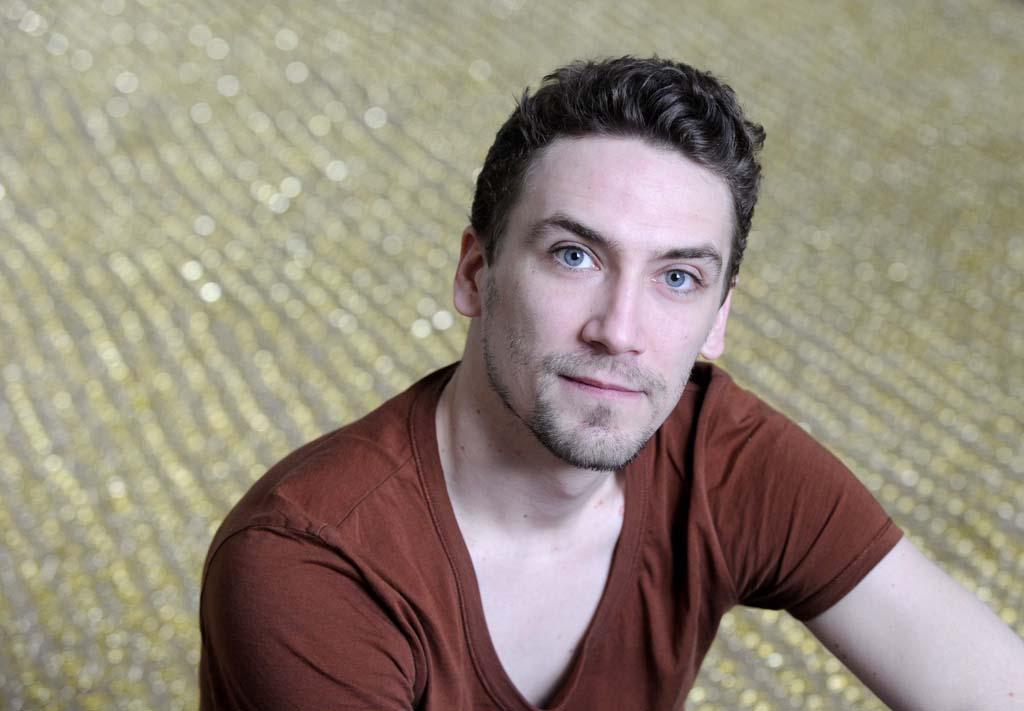 Kiss Miklós képzőművész-designer