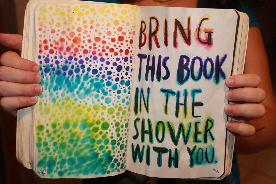 Barmolj könyvet!