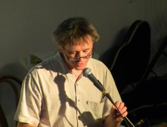 A Facebookon tart író-olvasó találkozót Háy János