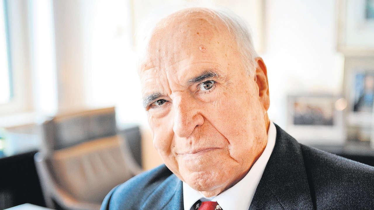 Nem tudták megfejni Helmut Kohl volt kancellárt