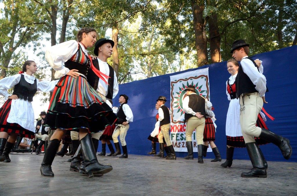Egy hét tömény folklór – keddtől Csángó fesztivál Jászberényben