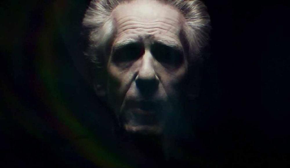 Itt a világhírű filmrendező első regénye - Cronenberg