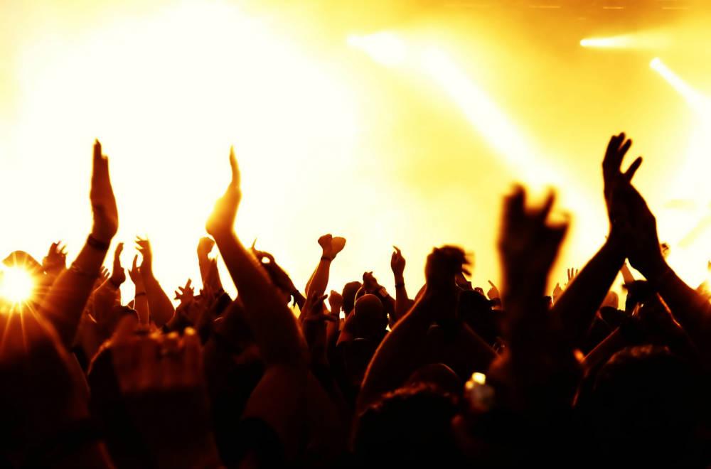 Holtan találták a koncert szervezőjét