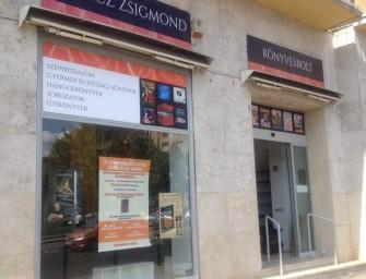 Érdekes dolgokat mondott Spiró György a Móricz Zsigmond Könyvesbolt megnyitóján