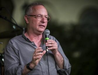 Spiró György pontokba szedte, hogyan védekezzünk a terroristák ellen