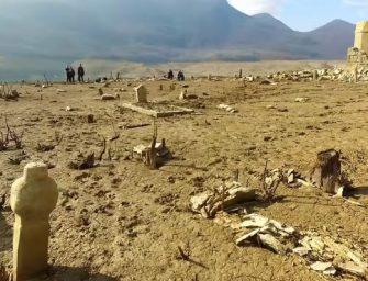 A kiszáradt tóból dzsámi, gyümölcsösök, házak bukkantak elő Hercegovinában – videó