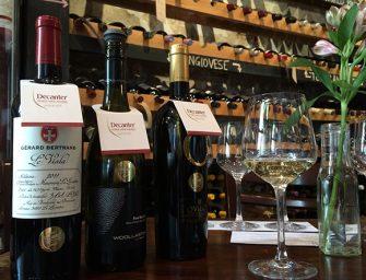 A legjobb magyar borok kontra világelső borok