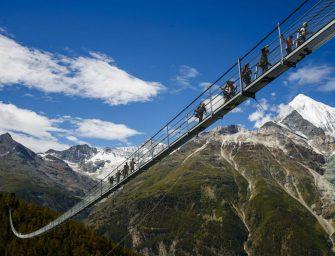 Elkészült a világ leghosszabb függőhídja a 85 méteres szakadék fölött