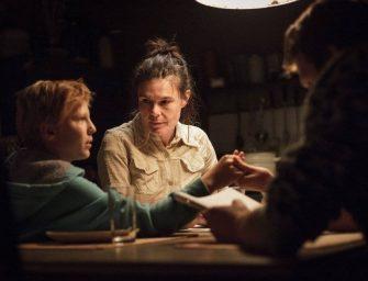 Nézz bele: Mire lesz képes a Földiek című magyar film az Oscaron?
