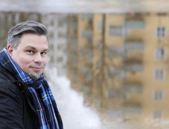 A társadalomnak előre kell néznie, nem pedig hátra – Interjú Tommi Kinnunen finn íróval