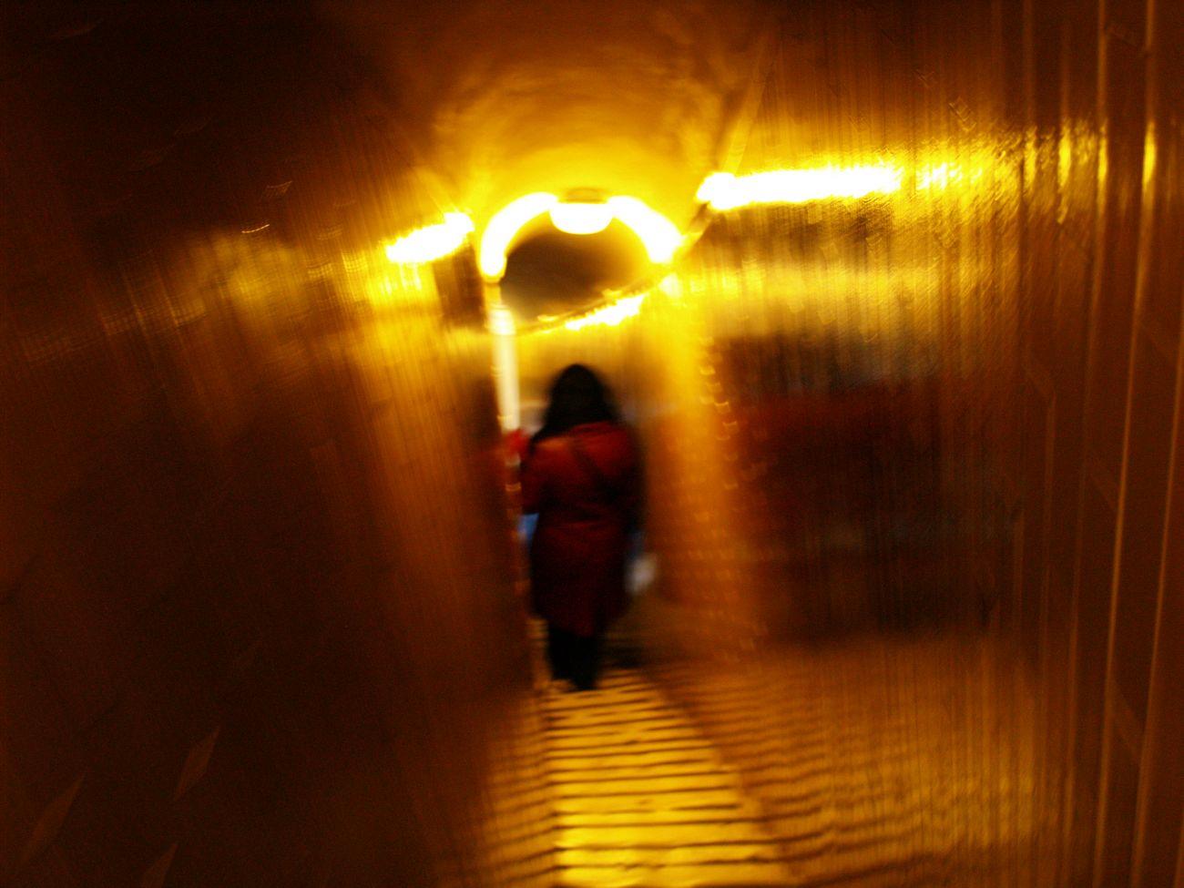 A kokó mennyisége, amit nyomtunk legendás volt – Ron A. Kalman versei